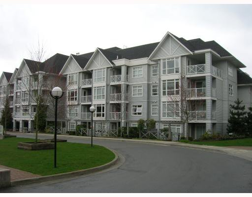 "Main Photo: 114 3142 ST JOHNS Street in Port_Moody: Port Moody Centre Condo for sale in ""SONRISA"" (Port Moody)  : MLS®# V695331"