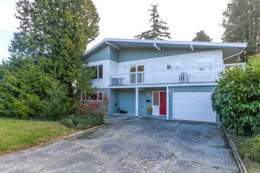Main Photo: 4942 6 Avenue in Delta: Pebble Hill House for sale (Tsawwassen)  : MLS®# R2421712