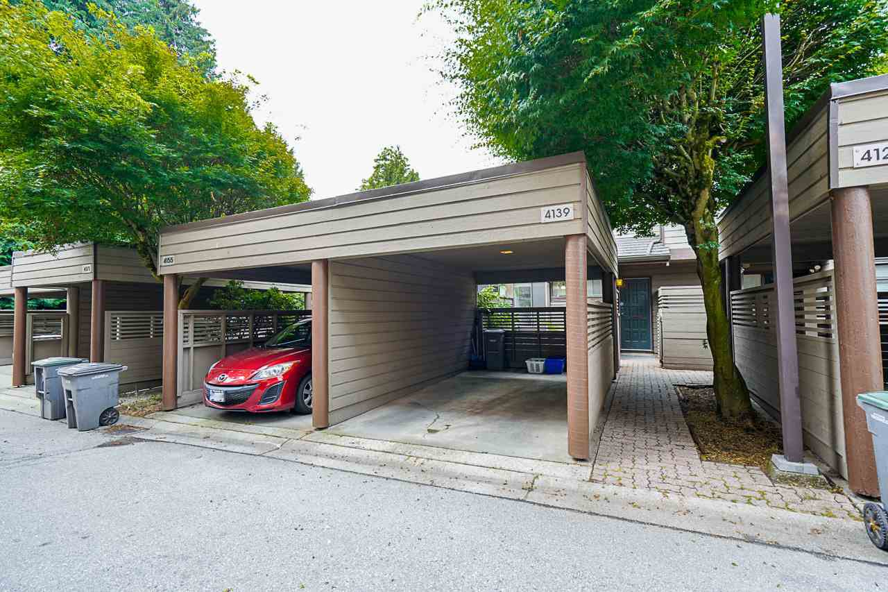 Photo 2: Photos: 4139 PARKWAY Drive in Vancouver: Quilchena Townhouse for sale (Vancouver West)  : MLS®# R2486557