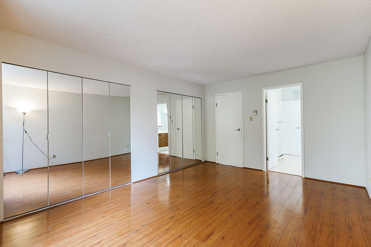 Photo 24: Photos: 4139 PARKWAY Drive in Vancouver: Quilchena Townhouse for sale (Vancouver West)  : MLS®# R2486557