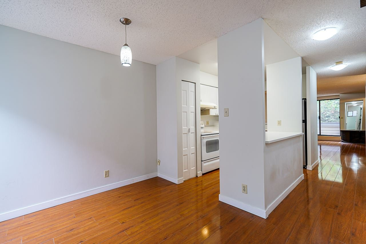 Photo 6: Photos: 4139 PARKWAY Drive in Vancouver: Quilchena Townhouse for sale (Vancouver West)  : MLS®# R2486557