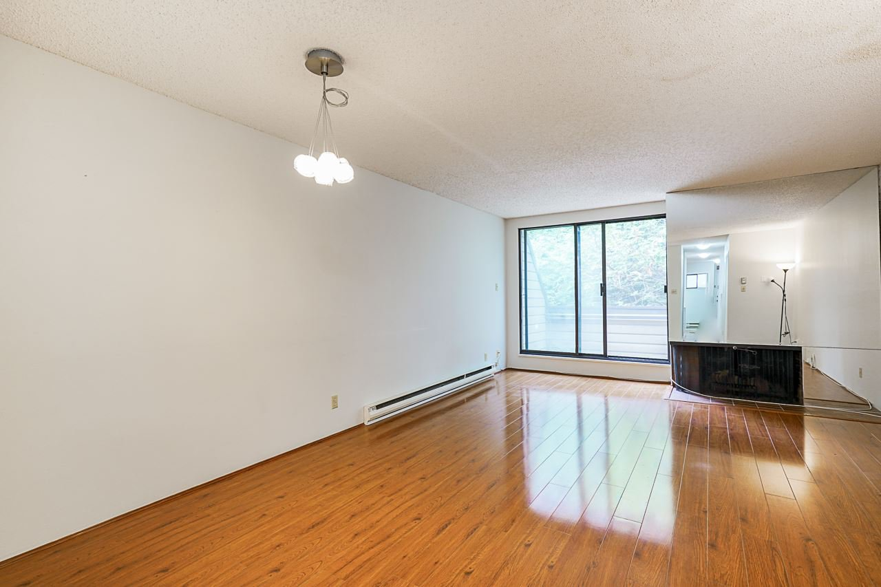 Photo 14: Photos: 4139 PARKWAY Drive in Vancouver: Quilchena Townhouse for sale (Vancouver West)  : MLS®# R2486557