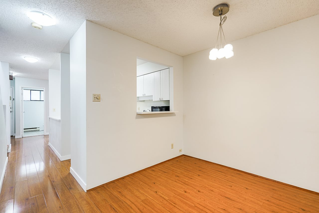 Photo 17: Photos: 4139 PARKWAY Drive in Vancouver: Quilchena Townhouse for sale (Vancouver West)  : MLS®# R2486557