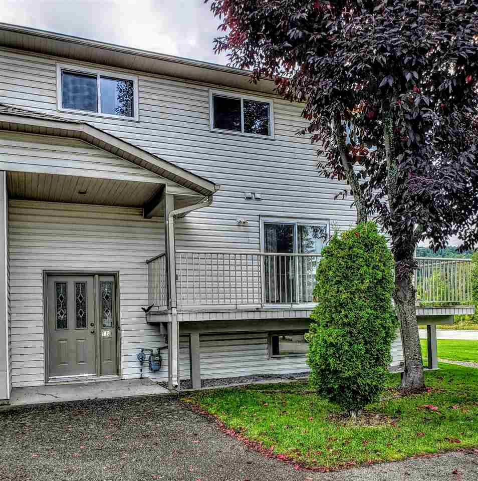 """Main Photo: 118 4035 22ND Avenue in Prince George: Pinewood Townhouse for sale in """"TERRA ESTATES"""" (PG City West (Zone 71))  : MLS®# R2496676"""