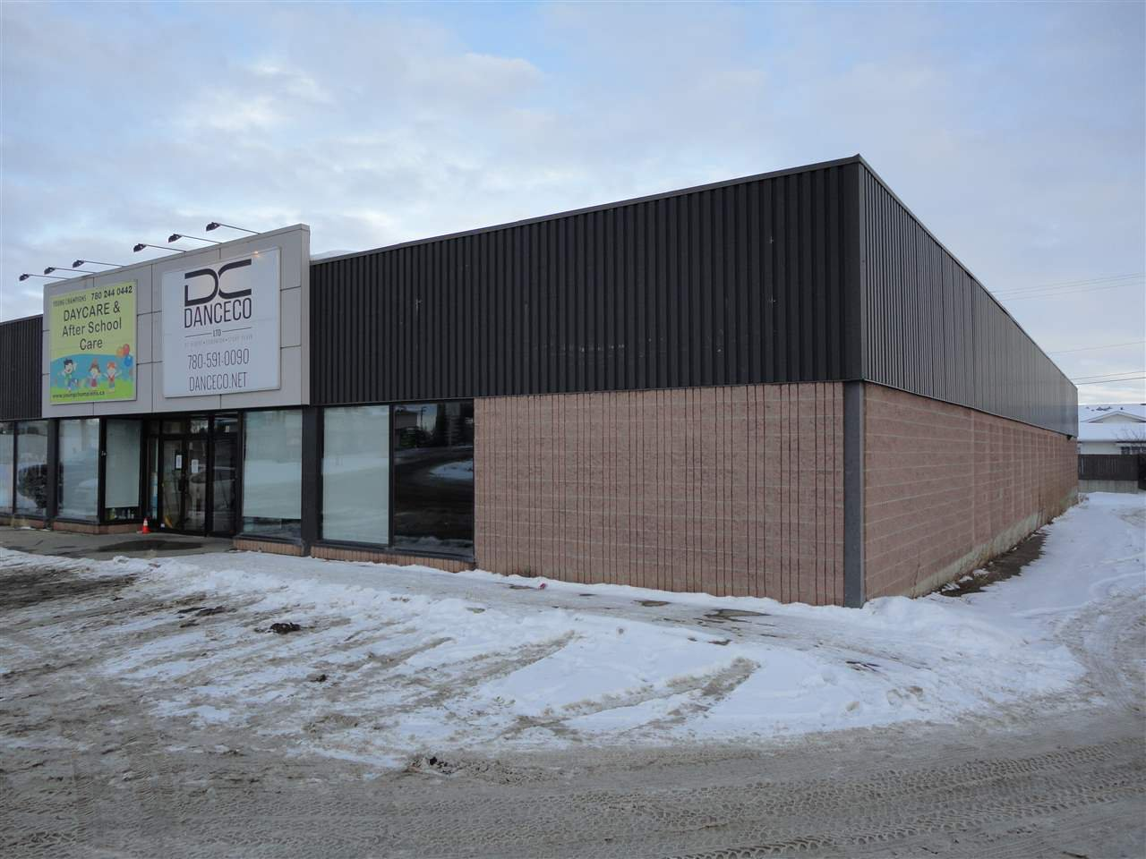 Main Photo: 5007 48 Street W: Stony Plain Office for lease : MLS®# E4222059