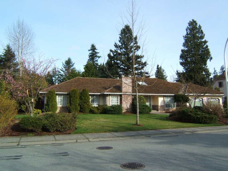 Main Photo: 1972 138 Street in Surrey: House for sale (South Surrey White Rock)  : MLS®# F2700788