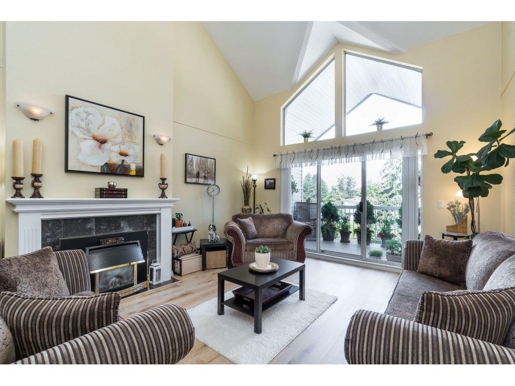 Main Photo: 309 13918 72 Avenue in Surrey: East Newton Condo for sale : MLS®# R2466273