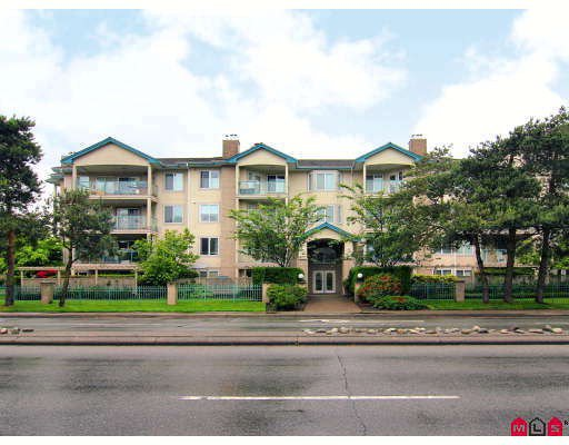 "Main Photo: 102 20433 53RD Avenue in Langley: Langley City Condo for sale in ""COUNTRYSIDE ESTATES"" : MLS®# F2817237"