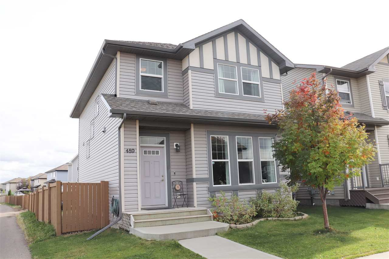 Main Photo: 489 MCCONACHIE Way in Edmonton: Zone 03 House for sale : MLS®# E4175473