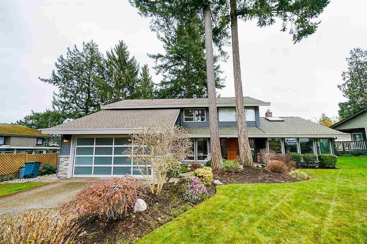 Main Photo: 62 ALPENWOOD Lane in Delta: Tsawwassen East House for sale (Tsawwassen)  : MLS®# R2496292