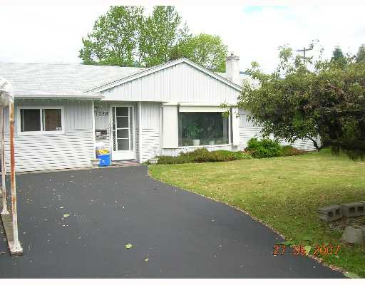 """Main Photo: 1238 ROSEWOOD in North_Vancouver: Norgate House for sale in """"NORGATE"""" (North Vancouver)  : MLS®# V649470"""