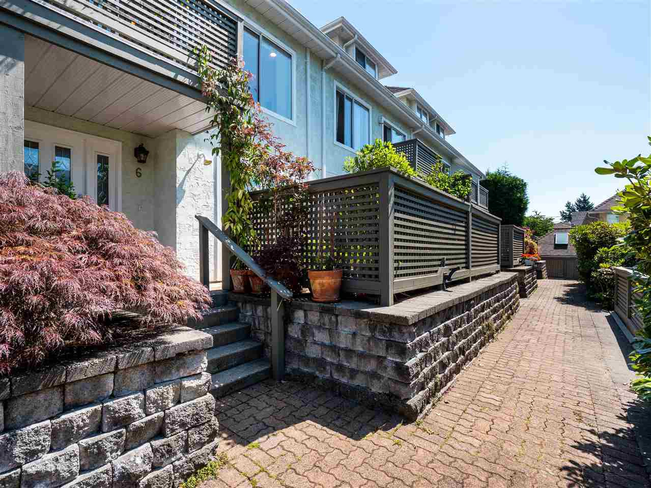 Main Photo: 6 232 E 6TH Street in North Vancouver: Lower Lonsdale Townhouse for sale : MLS®# R2393967