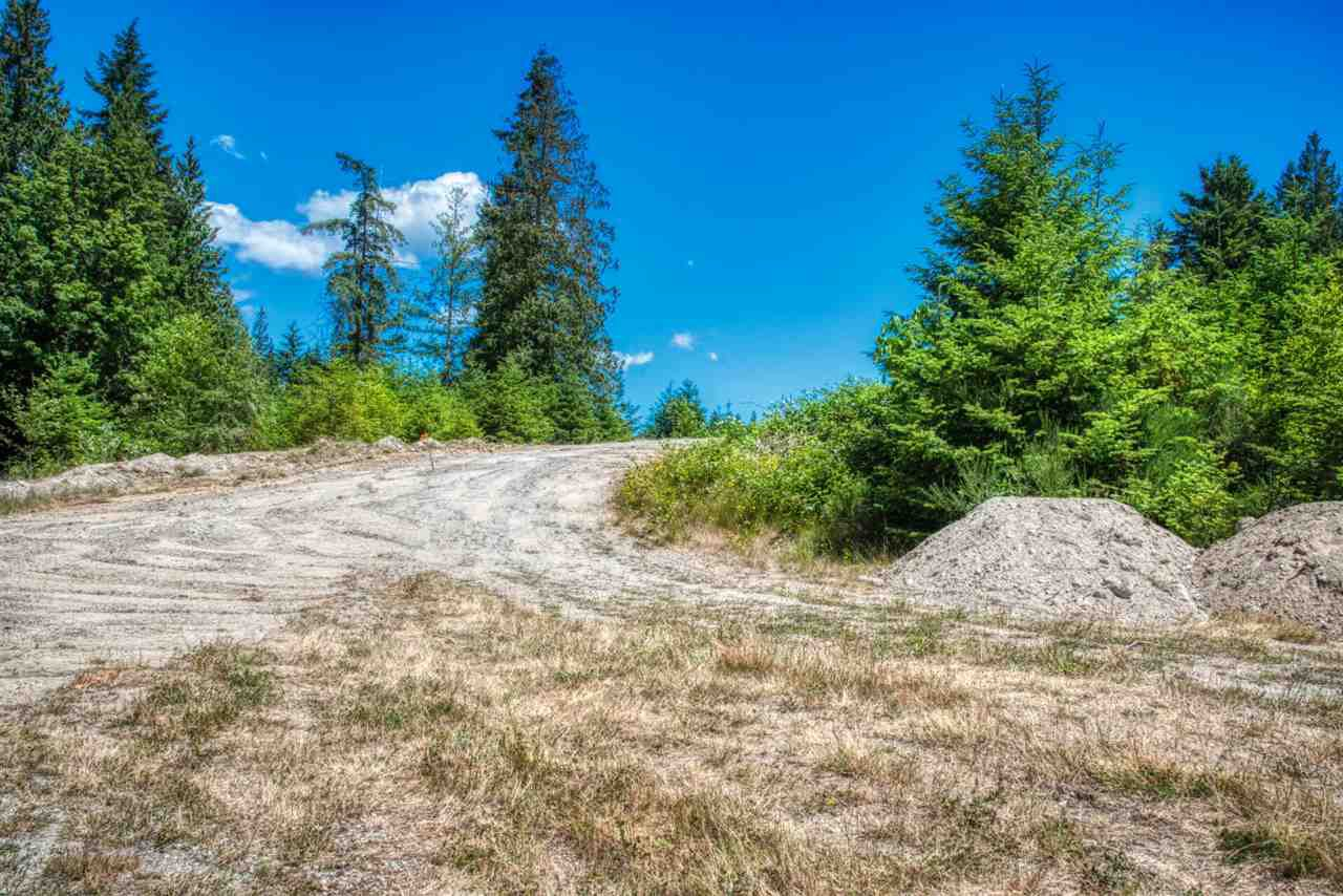 "Photo 10: Photos: LOT 10 CASTLE Road in Gibsons: Gibsons & Area Land for sale in ""KING & CASTLE"" (Sunshine Coast)  : MLS®# R2422438"