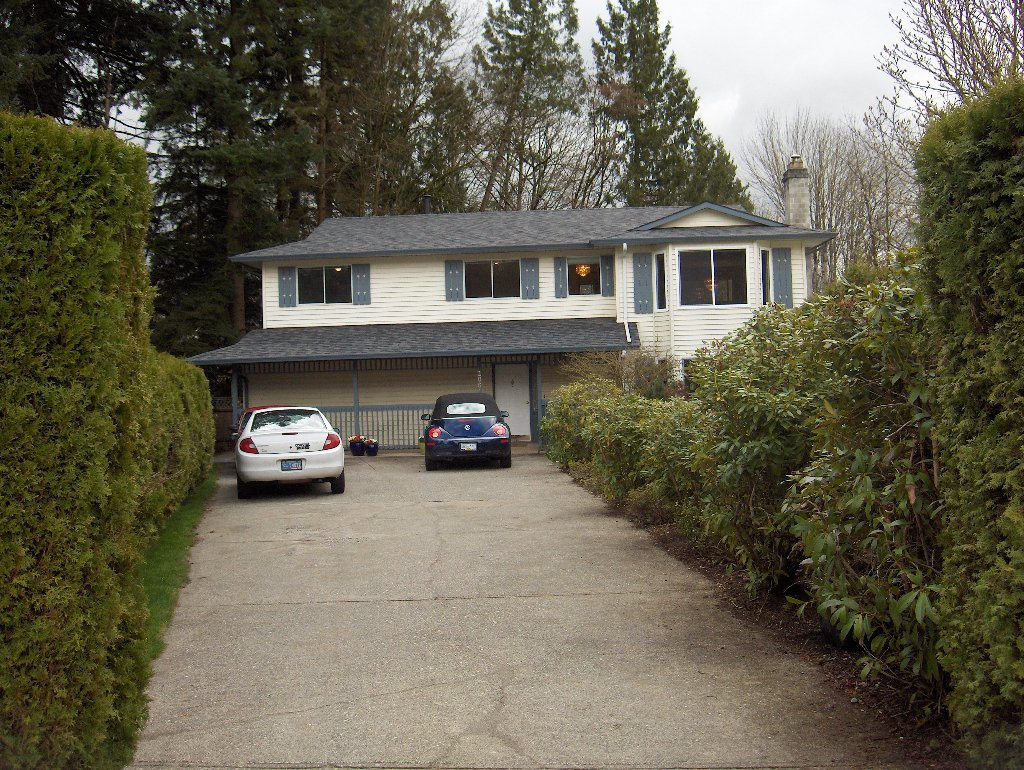 "Main Photo: 20610 95A Ave in Langley: Walnut Grove House for sale in ""Walnut Grove"" : MLS®# F1113088"