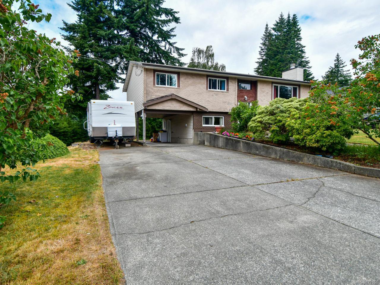 Main Photo: 1510 LEED ROAD in CAMPBELL RIVER: CR Willow Point House for sale (Campbell River)  : MLS®# 822160