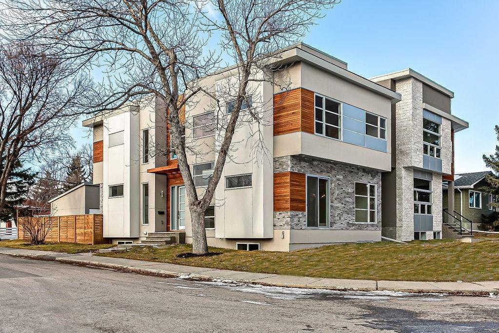 Main Photo: 3704 5 Avenue SW in Calgary: Spruce Cliff Detached for sale : MLS®# C4296636