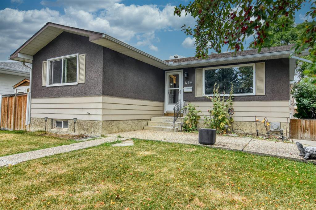 Main Photo: 419 HUNTBOURNE Hill NE in Calgary: Huntington Hills Detached for sale : MLS®# A1033993