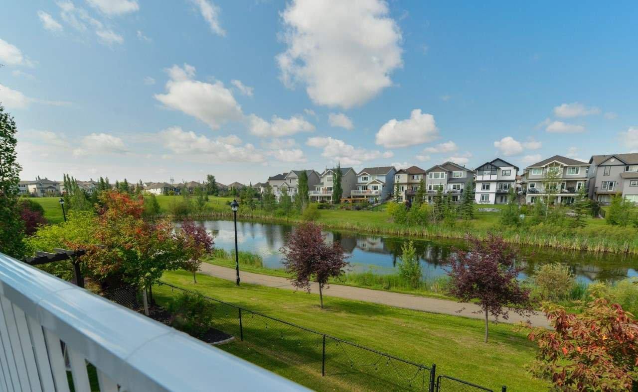 Main Photo: 6220 SOUTHESK Landing in Edmonton: Zone 14 House for sale : MLS®# E4165936