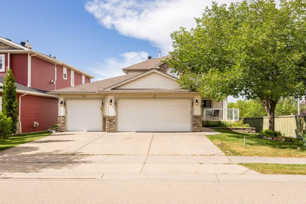 Photo 1: Photos: 1 WOODBEND Way: Fort Saskatchewan House for sale : MLS®# E4209041