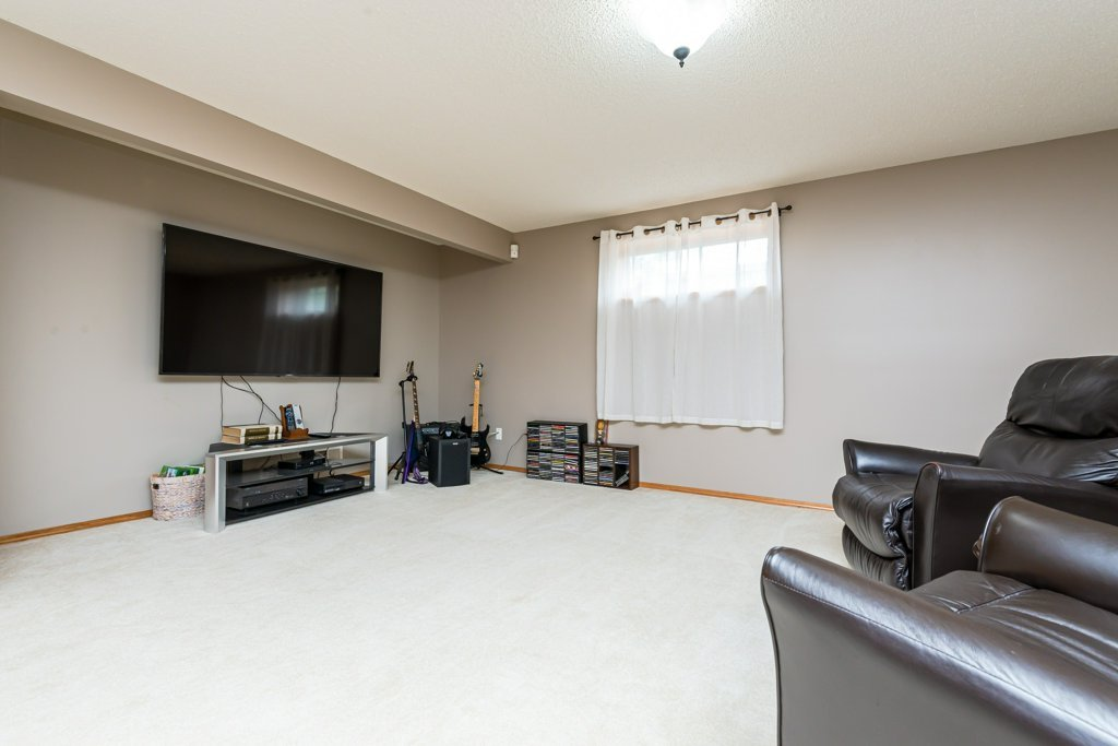 Photo 31: Photos: 1 WOODBEND Way: Fort Saskatchewan House for sale : MLS®# E4209041