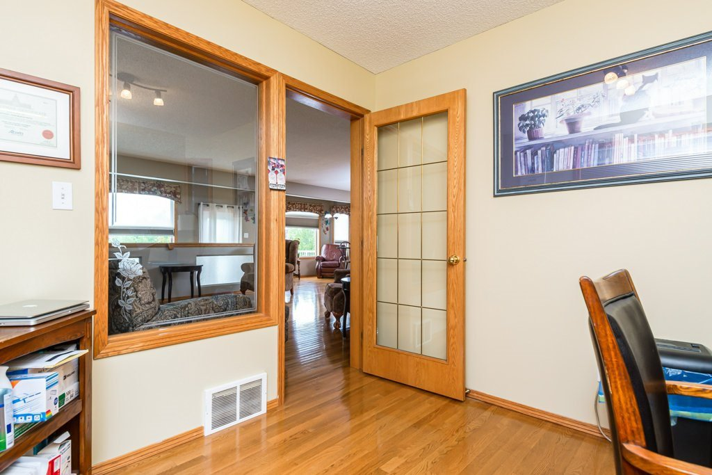 Photo 15: Photos: 1 WOODBEND Way: Fort Saskatchewan House for sale : MLS®# E4209041