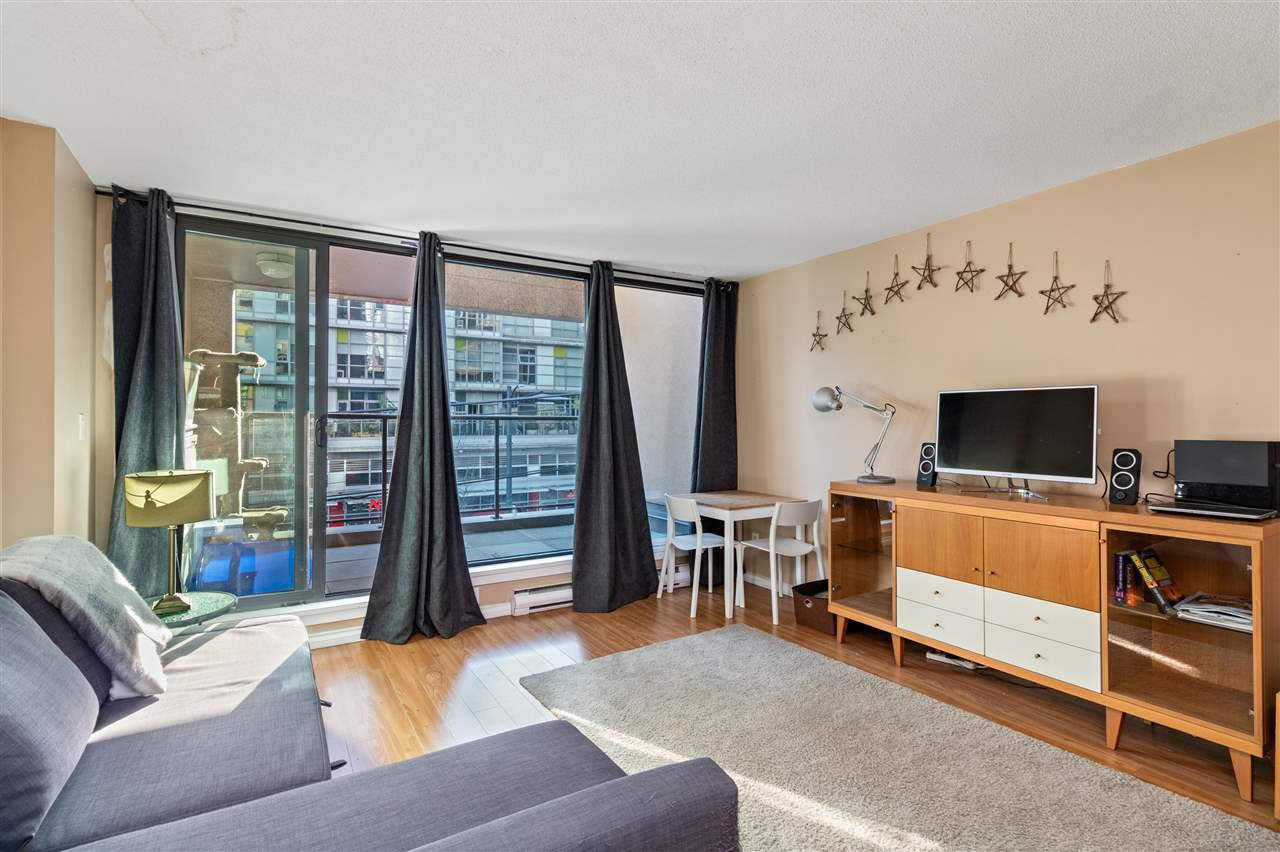"""Main Photo: 214 1189 HOWE Street in Vancouver: Downtown VW Condo for sale in """"GENESIS"""" (Vancouver West)  : MLS®# R2495232"""