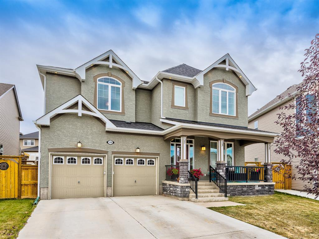 Main Photo: 128 Waterlily Cove: Chestermere Detached for sale : MLS®# A1041539