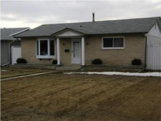 Main Photo: 22 Muska Bay in Winnipeg: Residential for sale : MLS®# 1005097