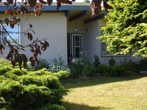 Main Photo: 2035 HEMLOCK PLACE in COURTENAY: Residential Detached for sale : MLS®# 259917