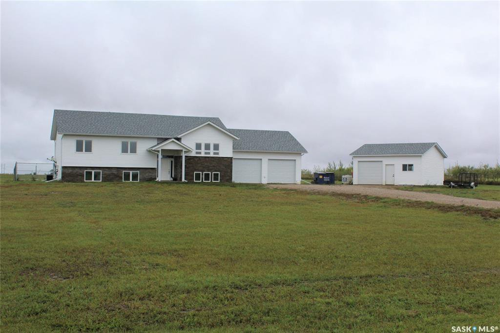 Main Photo: Young Acreage in Estevan: Residential for sale (Estevan Rm No. 5)  : MLS®# SK826557