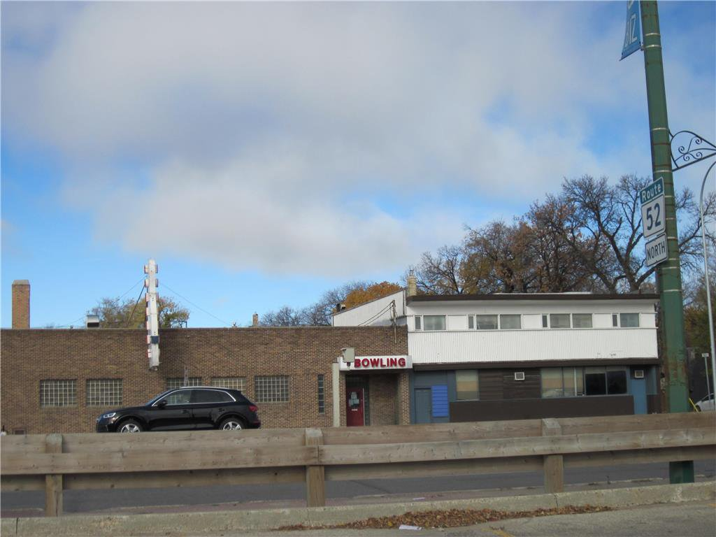 Main Photo: 1136 Main Street in Winnipeg: Industrial / Commercial / Investment for sale (4B)  : MLS®# 202025886