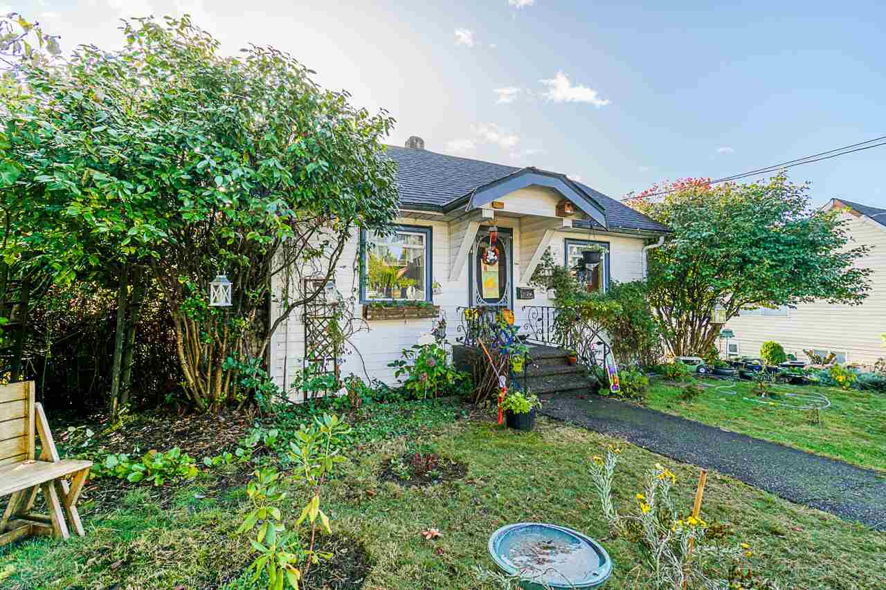 Main Photo: 1420 NANAIMO Street in New Westminster: West End NW House for sale : MLS®# R2508716