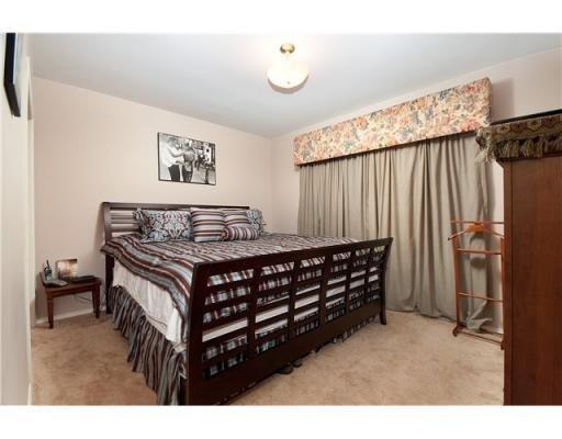 Photo 5: Photos: 1557 BALMORAL AV in Coquitlam: House for sale : MLS®# V866724