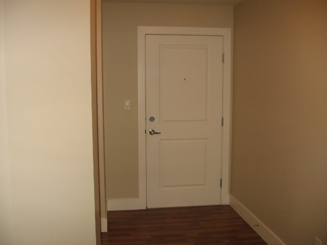Photo 10: Photos: 404 - 256 HASTINGS AVENUE in PENTICTON: Residential Attached for sale : MLS®# 140039