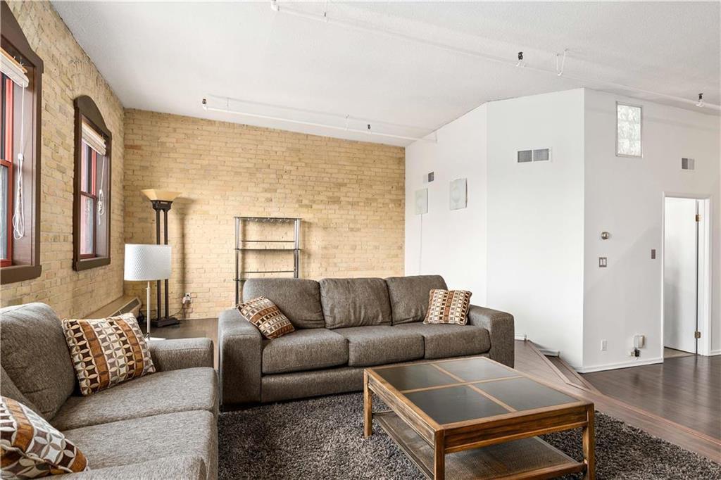 Photo 5: Photos: 616 167 Bannatyne Avenue in Winnipeg: Exchange District Condominium for sale (9A)  : MLS®# 202001721