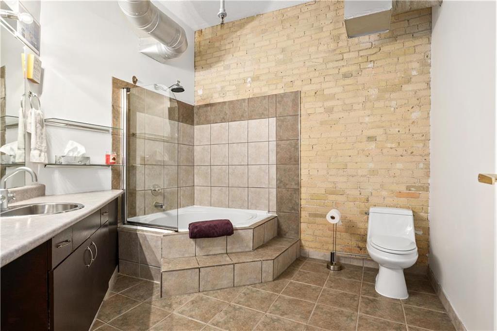 Photo 11: Photos: 616 167 Bannatyne Avenue in Winnipeg: Exchange District Condominium for sale (9A)  : MLS®# 202001721