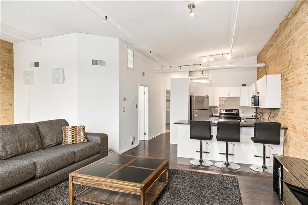 Photo 8: Photos: 616 167 Bannatyne Avenue in Winnipeg: Exchange District Condominium for sale (9A)  : MLS®# 202001721