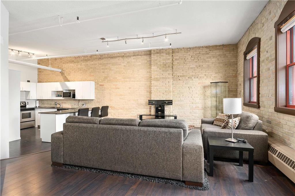 Photo 4: Photos: 616 167 Bannatyne Avenue in Winnipeg: Exchange District Condominium for sale (9A)  : MLS®# 202001721