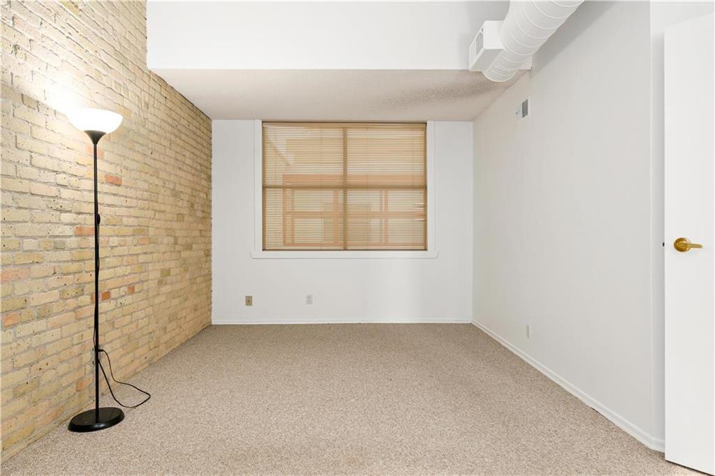 Photo 10: Photos: 616 167 Bannatyne Avenue in Winnipeg: Exchange District Condominium for sale (9A)  : MLS®# 202001721