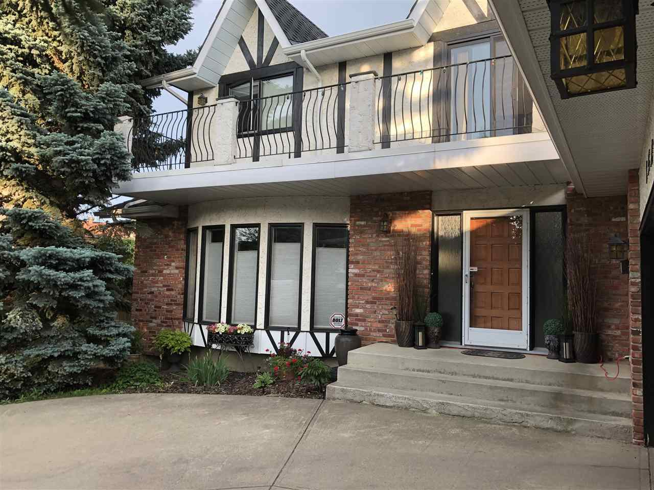 Main Photo: 15219 43 Avenue in Edmonton: Zone 14 House for sale : MLS®# E4200494