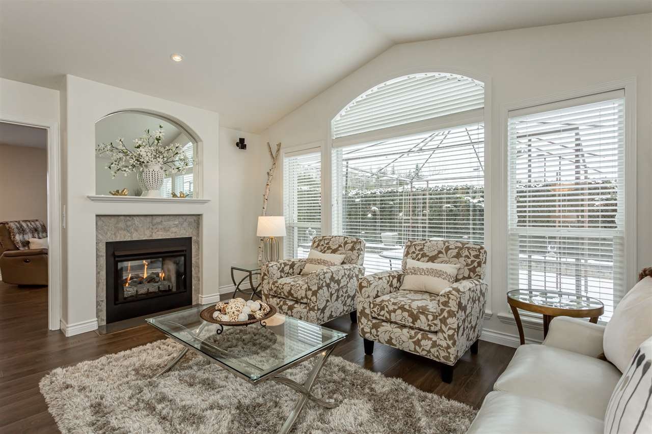 """Main Photo: 47 32250 DOWNES Road in Abbotsford: Abbotsford West House for sale in """"Downes Road Estates"""" : MLS®# R2428956"""