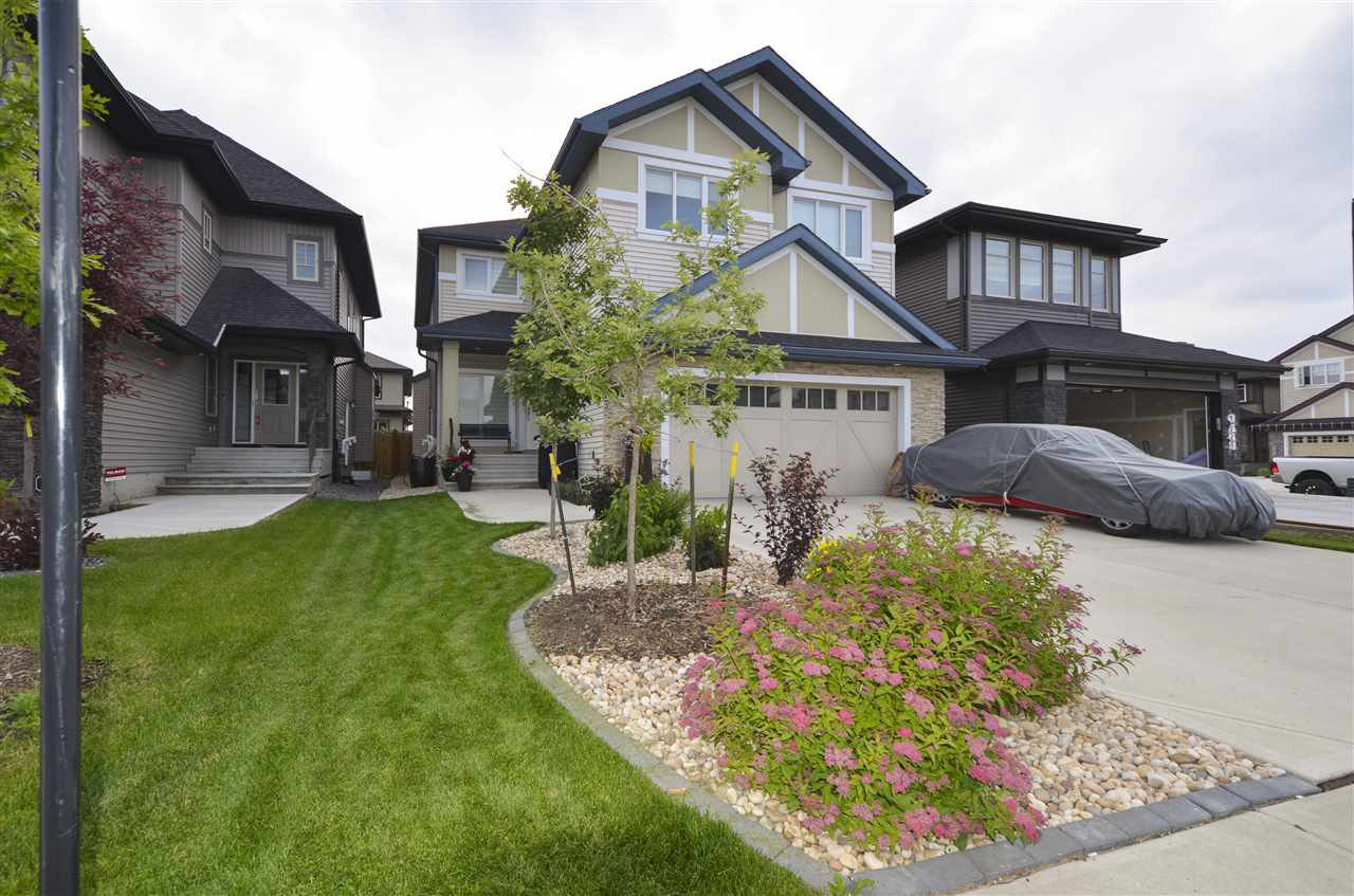 Main Photo: 1327 Ainslie Wynd in Edmonton: Zone 56 House for sale : MLS®# E4189217