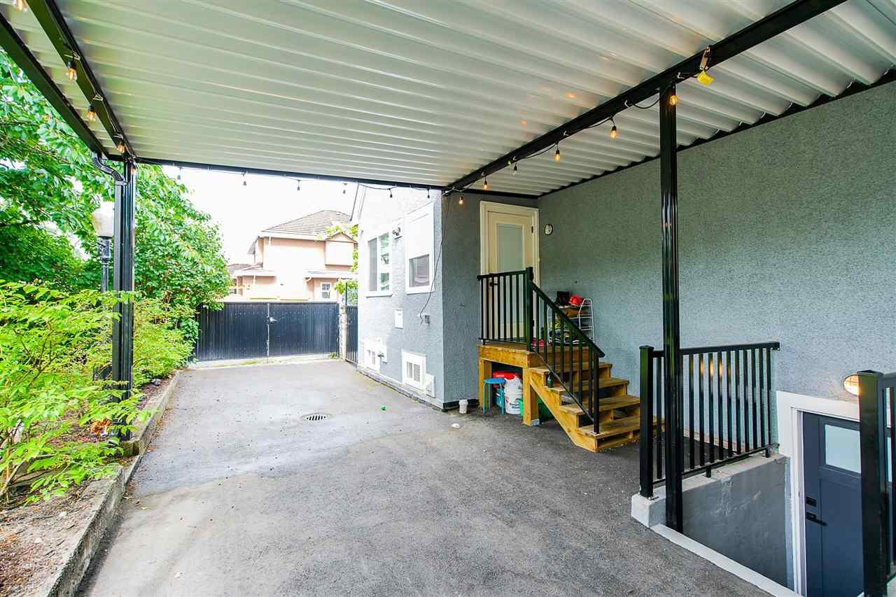 "Photo 33: Photos: 1701 DUBLIN Street in New Westminster: West End NW House for sale in ""WEST END"" : MLS®# R2461902"