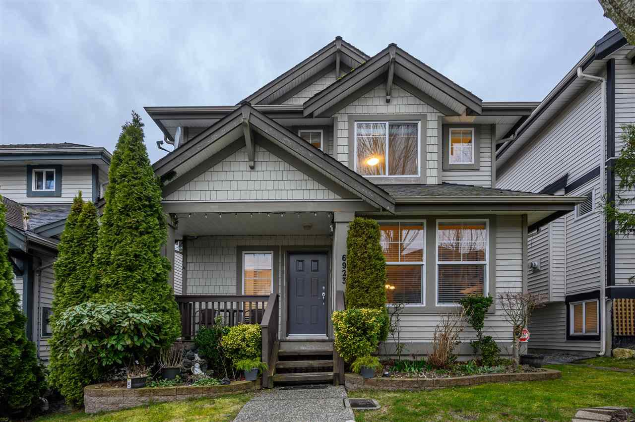 Main Photo: 6923 201A Street in Langley: Willoughby Heights House for sale : MLS®# R2480359