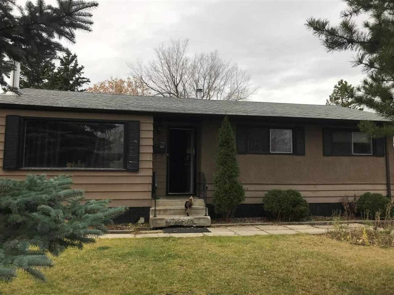 Main Photo: 4 EAGLE Drive: Sherwood Park House for sale : MLS®# E4223611