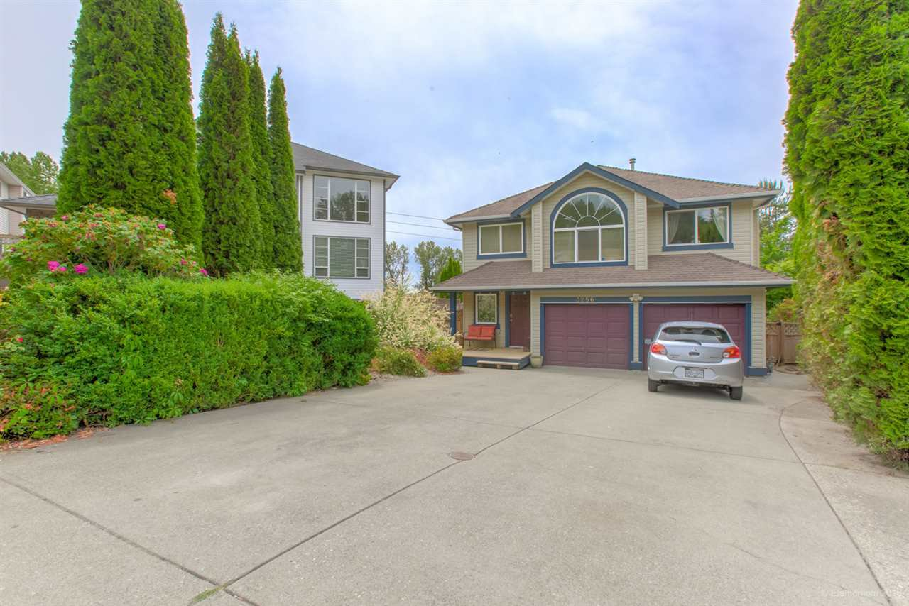 Main Photo: 3256 KARLEY Crescent in Coquitlam: River Springs House for sale : MLS®# R2394804