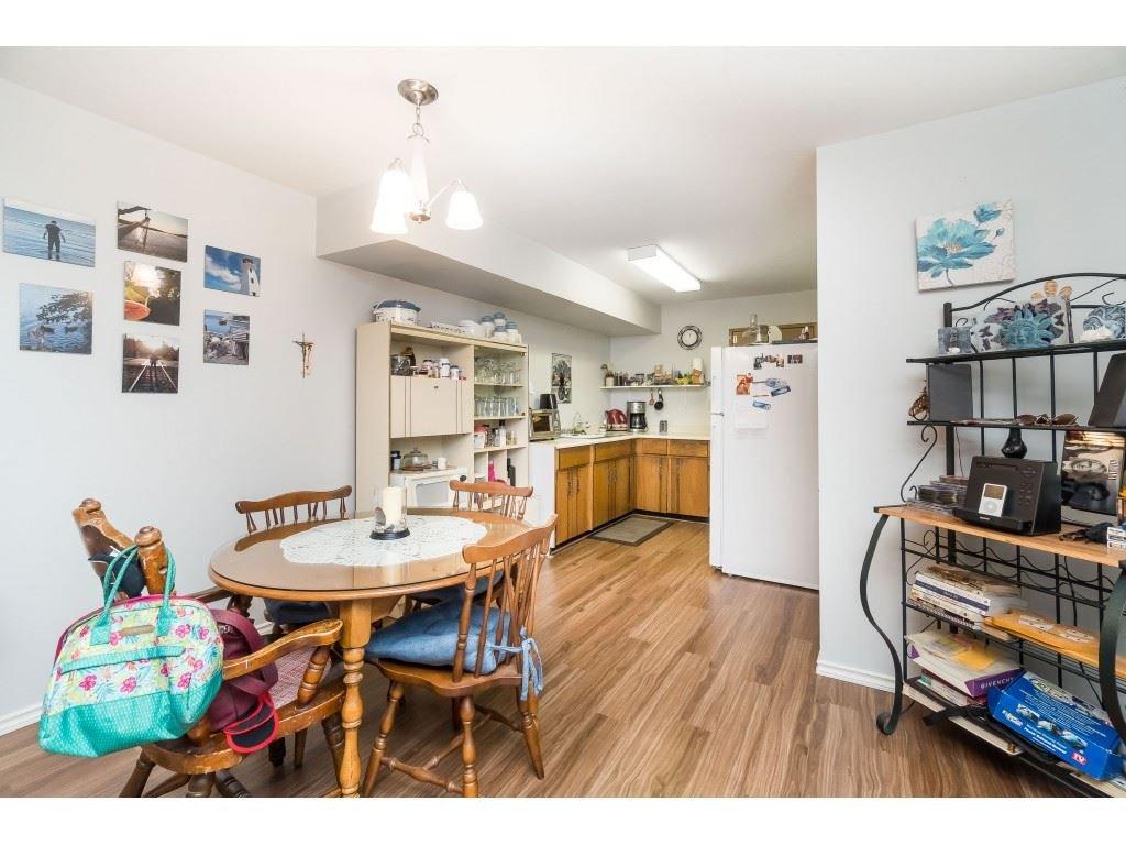 Photo 8: Photos: 9511 150 Street in Surrey: Fleetwood Tynehead House Duplex for sale : MLS®# R2415769