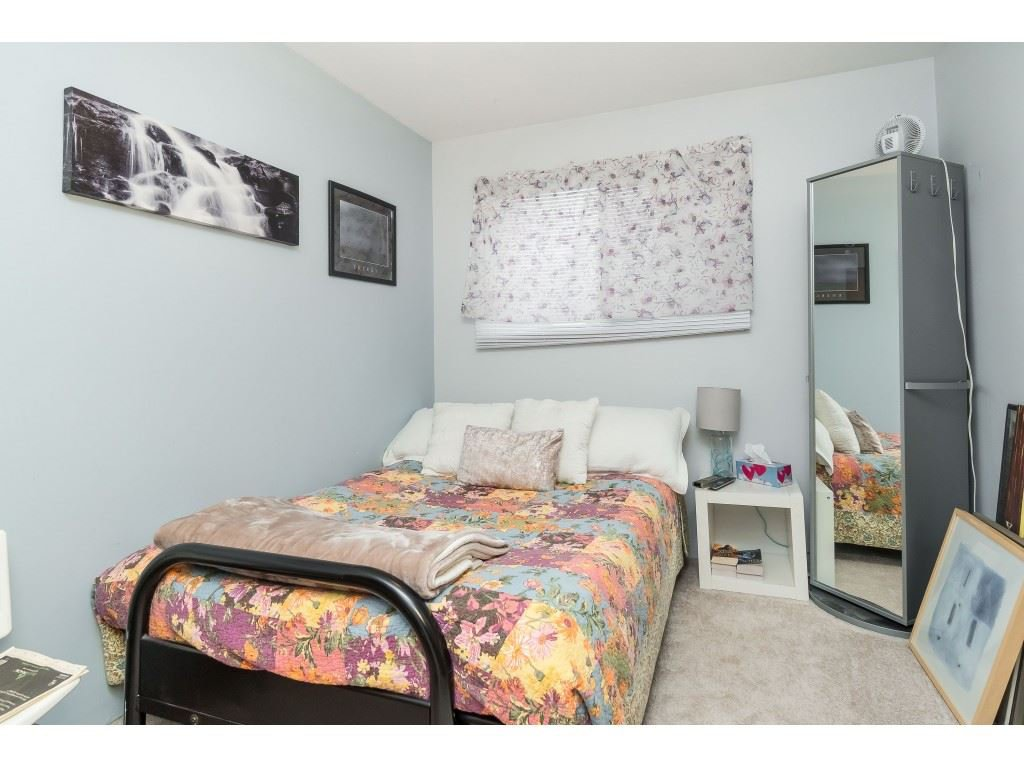 Photo 11: Photos: 9511 150 Street in Surrey: Fleetwood Tynehead House Duplex for sale : MLS®# R2415769