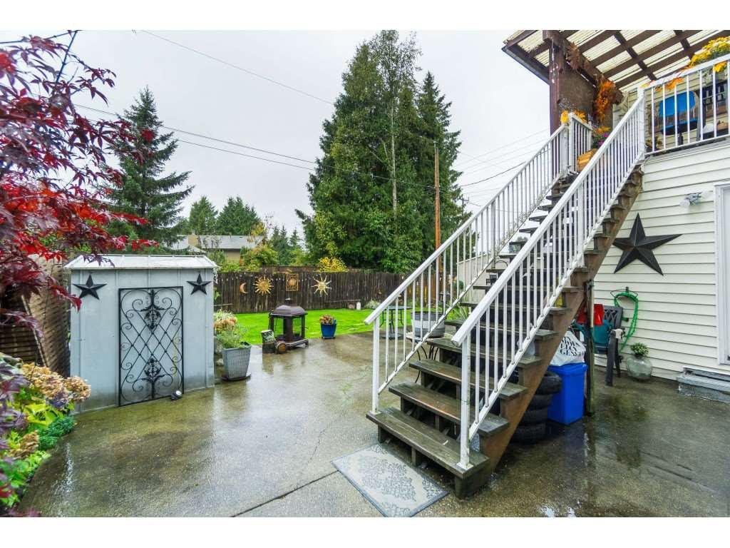 Photo 14: Photos: 9511 150 Street in Surrey: Fleetwood Tynehead House Duplex for sale : MLS®# R2415769