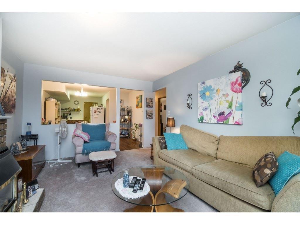 Photo 9: Photos: 9511 150 Street in Surrey: Fleetwood Tynehead House Duplex for sale : MLS®# R2415769
